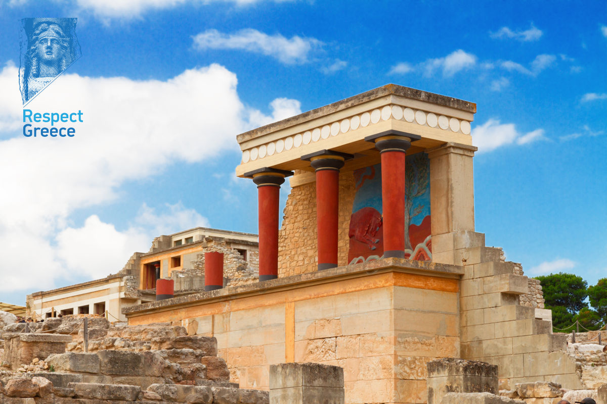 ancient ruines of famous knossos palace at crete